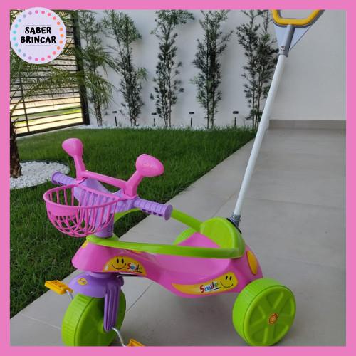 ✨ Triciclo Smile Rosa - Aro de Proteção e Empurrador✨ - Motoca